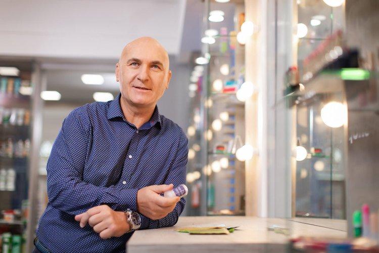 Roman Kočí v prodejně TianDe v Plzni